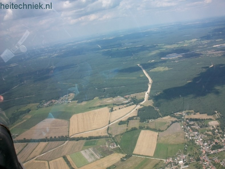 Aus dem Flugzeug 021-border
