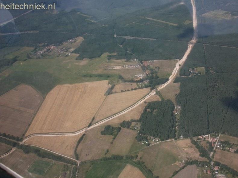Aus dem Flugzeug 025-border